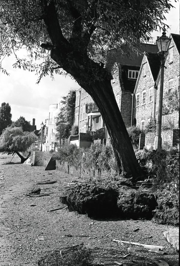 Strand on the Green black and white 1950s picture