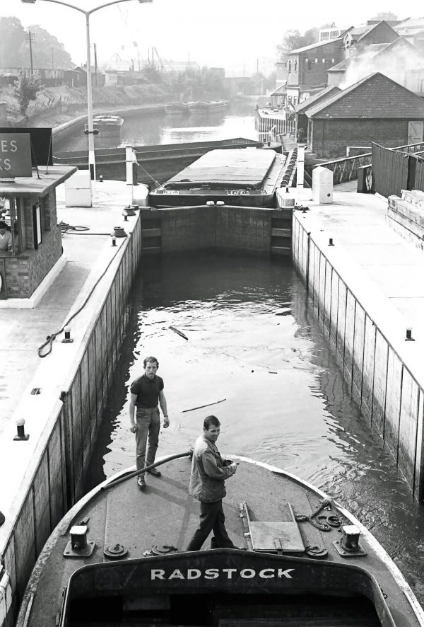 radstock boat port Brentford dock London 1950