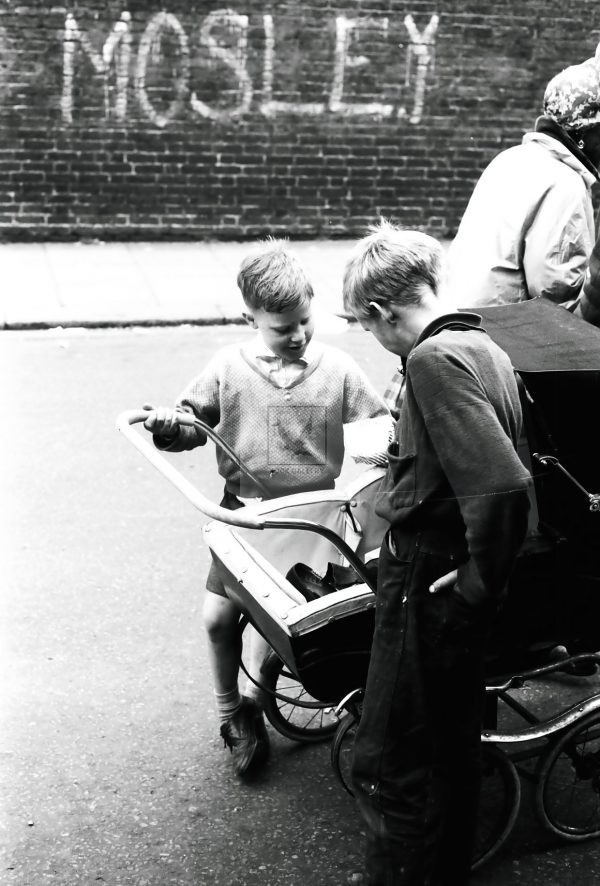 street urchins London 1950s